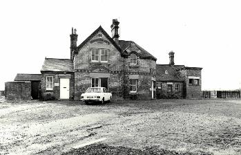 Blunham Station in 1976 [Z50/19/38]